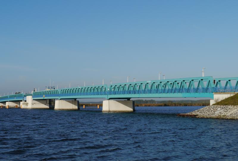 B110 über die Peene, Brückenklappe Zecherin